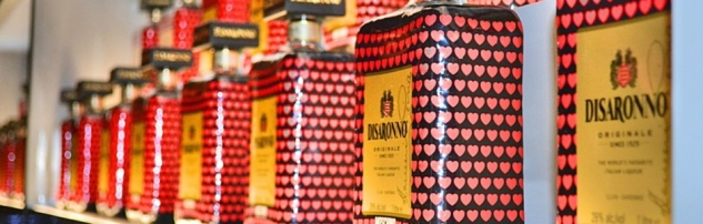 Moschino_loves_Disaronno