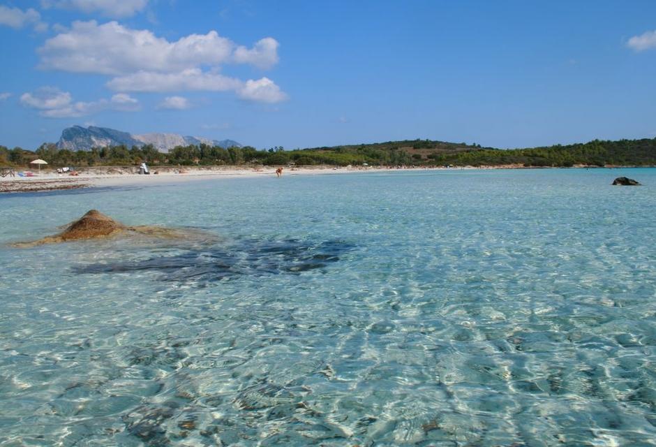 Le 10 spiagge inedite pi belle d italia likemimagazine for Costo dell ascensore della casa sulla spiaggia