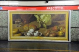 Esselunga porta l'arte in metro 4