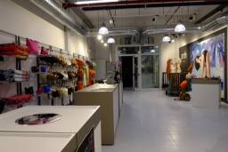 Parah Factory Store 4