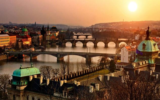 10 - Praga