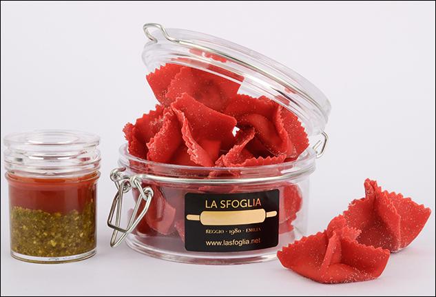 Lanterne di granseola in pasta rossa
