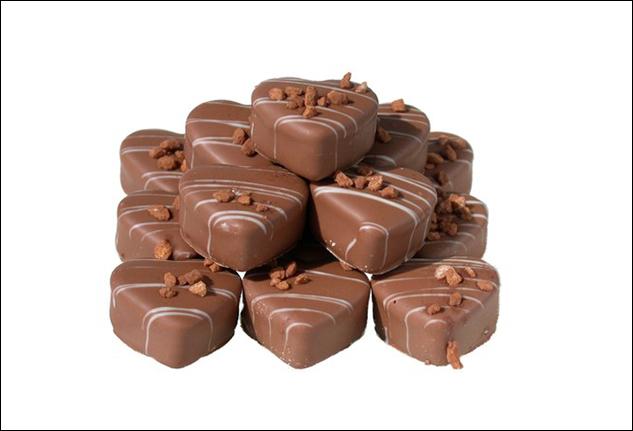 Corso pratico per preparare cioccolatini di cacao crudo biologico