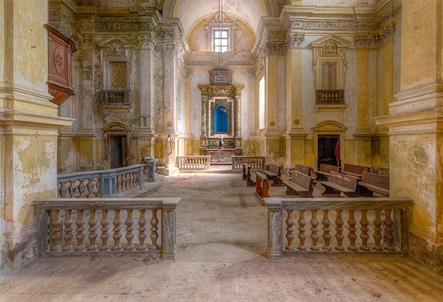 chiese-abbandonate-roman-robroek-19